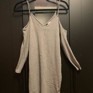 Open Shoulders Long Sleeve Grey Dress